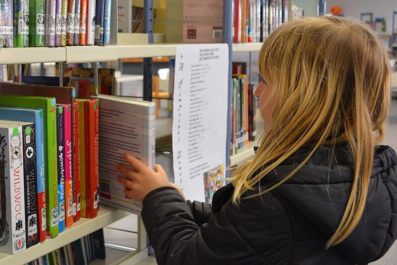 Ponders End Library
